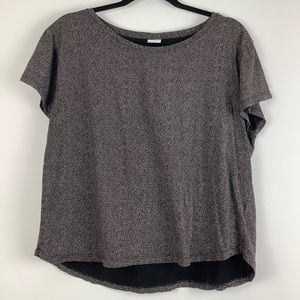 H&M Micro Dotted Short Sleeve Tee in Black